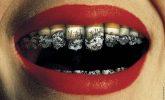 Sigara ağız kokusuna neden olur mu?