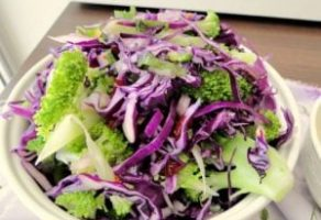 Mor Lahana Salatası